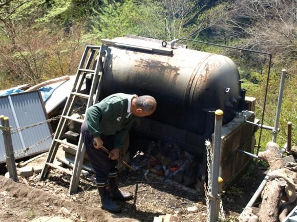 お湯を沸かすタンク